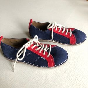NWOT La Autentica suede safari shoes red and blue